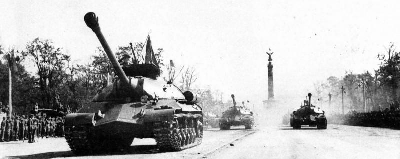 tanks-is-3_03-big