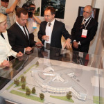 Медведев и Голодец осмотрели макет Фабрики-кухни и всё одобрили