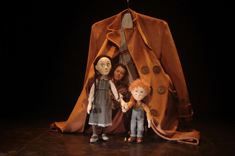8-1_2_Театр молодежи Нови Сад - А дедушка в костюме