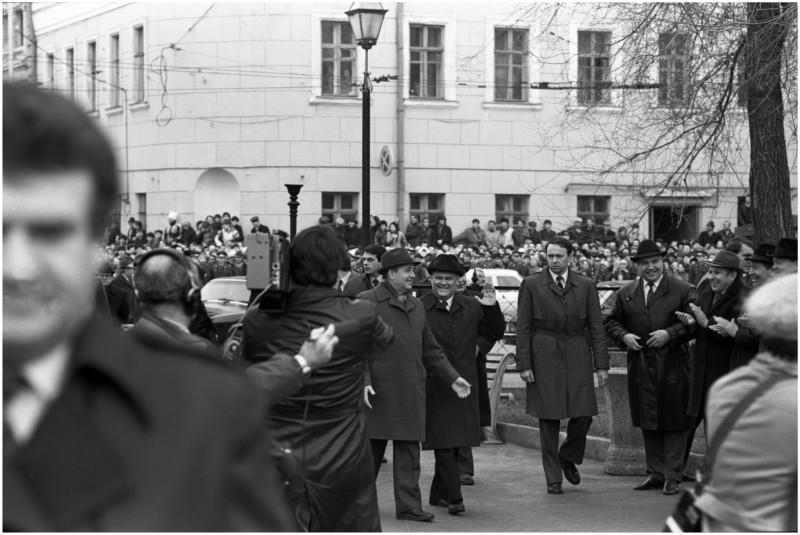 0021 М С Горбачев в Куйб 1986г_новый размер