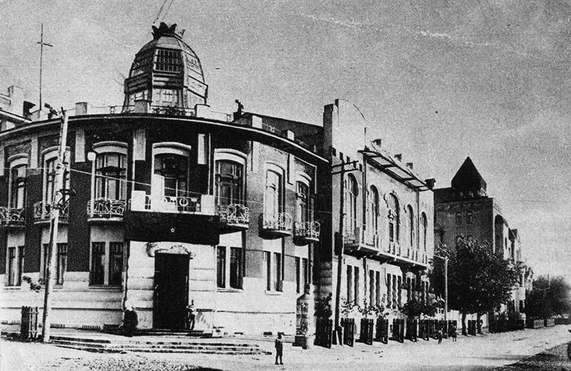 Здание общественного собрания