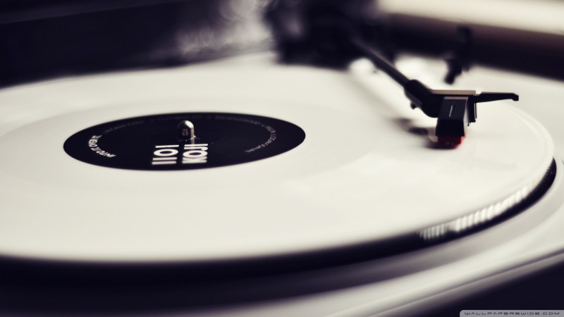 vinyl_record_player_black_and_white-wallpaper-1920x1080