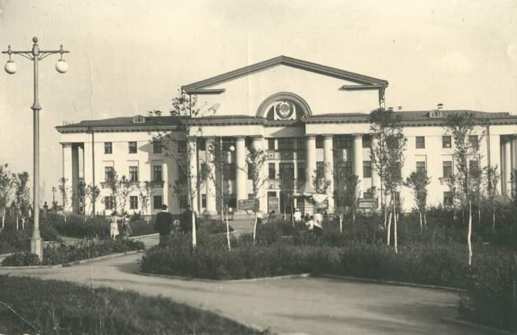 sj0687_1956
