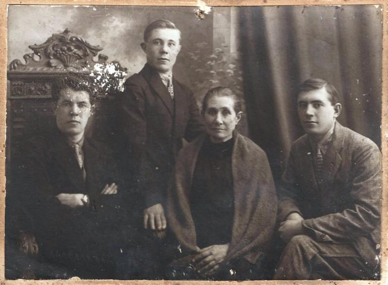 19-1_Бабушка Таня