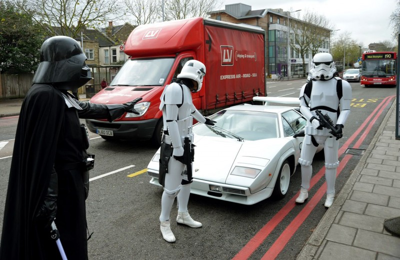 using-darth-vader-and-storm-troopers-to-sell-1984-lamborghini-countach-5000-s-may-work-photo-gallery_3