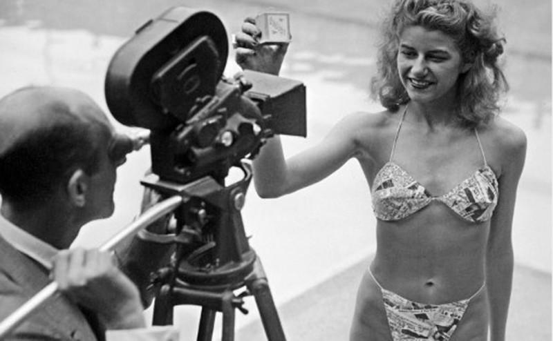 Micheline Bernardini wearing the first bikini, 1946 (3)