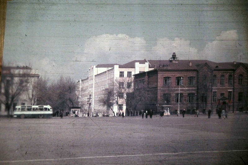 школа площадь
