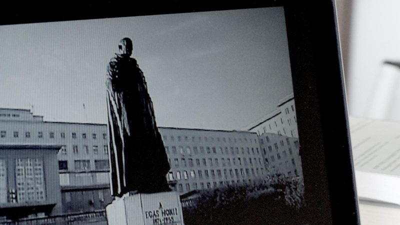 monumenthunter-1600x900-c-default