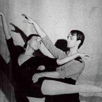 Он и Она в интерьере балета