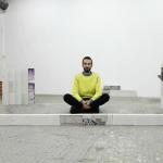 Андрей Сяйлев выставил в Москве кирпичи. Проект «За предел вовлеченности»
