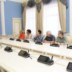 Губернатор встретился с руководителями творческих союзов области
