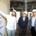 Мединский, Азаров и Хинштейн посетили Фабрику-кухню