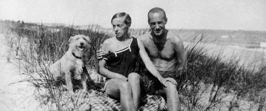 Стржеминский и Карбо на балтийском побережье. 30-е годы.